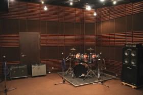 Aスタジオ室内